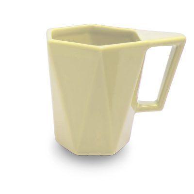 gelsvas keramikinis puodelis