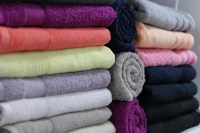 Rankšluosčiai su užrašu, spalvoti rankšluosčiai