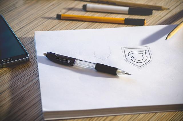 Tušinukas su logotipu, sąsiuvinis, lapas